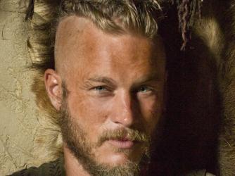 ragnar lothbrok vikings schauspieler